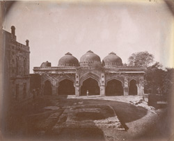 General view of the Bara Gumbad Masjid, Delhi.